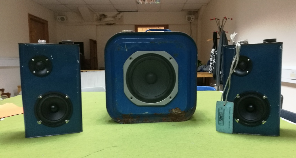 3.1 Petrol Can Amp and Speakers